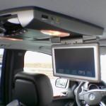 TelematikTeam: Lieferung + mobiler VOR-ORT-Einbau von OVERHEAD-DISPLAY + DVD-Player in Mercedes-Benz ML320cdi (W164)