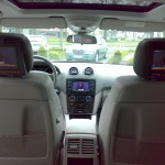 Rearseatentertainment im Mercedes-Benz ML320cdi (W164) von TelematikTeam - hier: Bicolor hellgrau/schwarz.