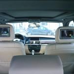 Lieferung + Multimedia-Kopfstützenmontage + DVB-T in BMW X5 durch TelematikTeam